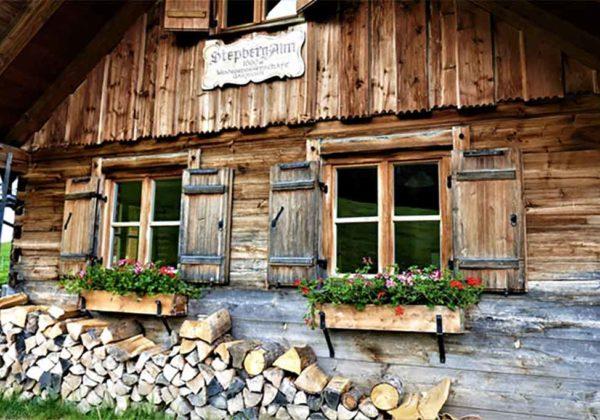 Knacken Holzhäuser bei Jahreswechsel