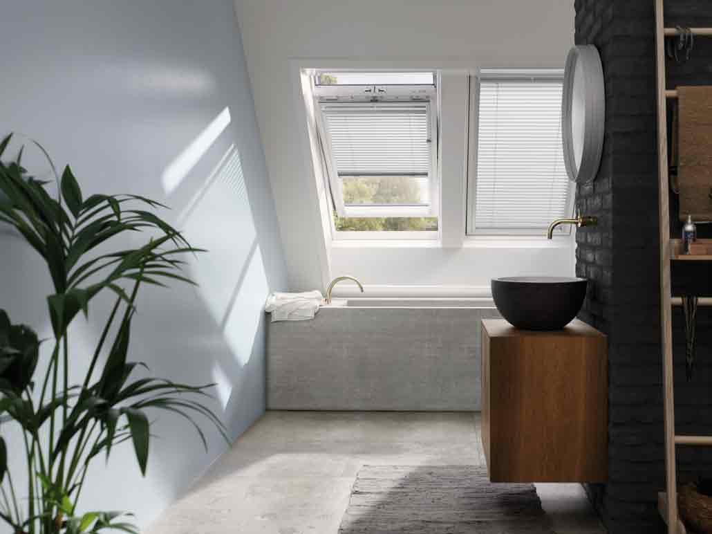 Dachfenster im Bad einbauen lassen in Muenchen